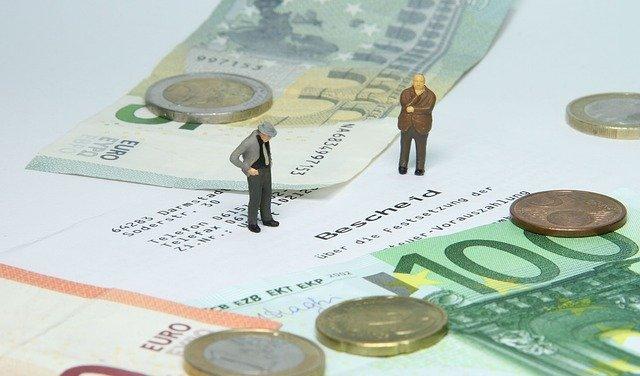 Tax Office Tax Assessment  - wir_sind_klein / Pixabay